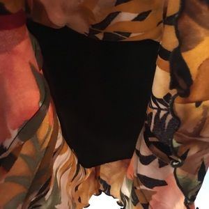 Cache Dresses - Gorgeous dress💥